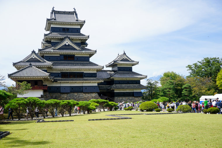 立山黒部アルペンルート旅行|松本城