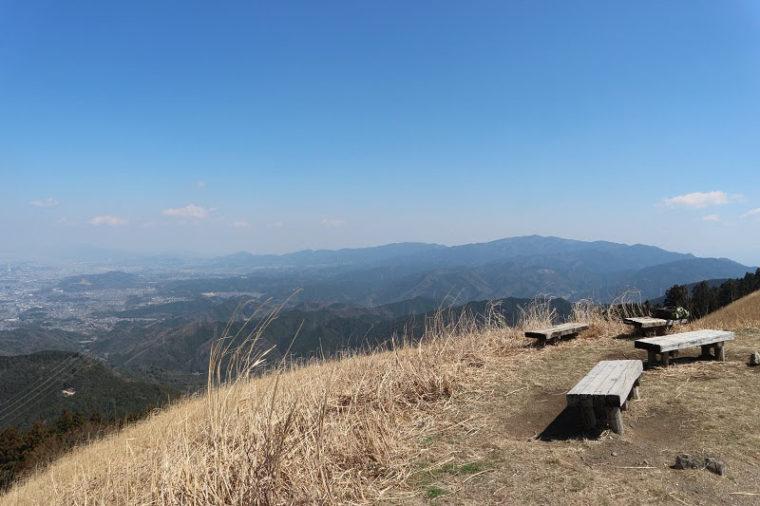 関西・大阪のおすすめススキ名所「岩湧山」
