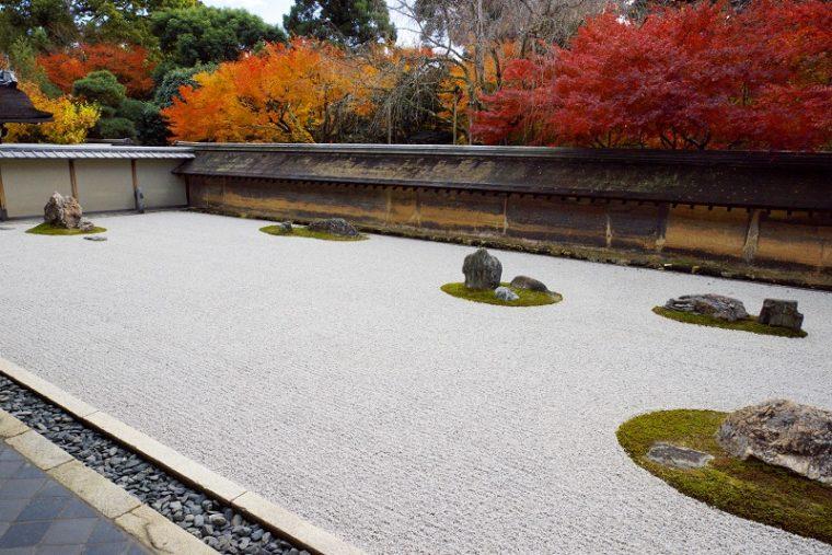 関西・京都のおすすめ紅葉スポット「龍安寺」