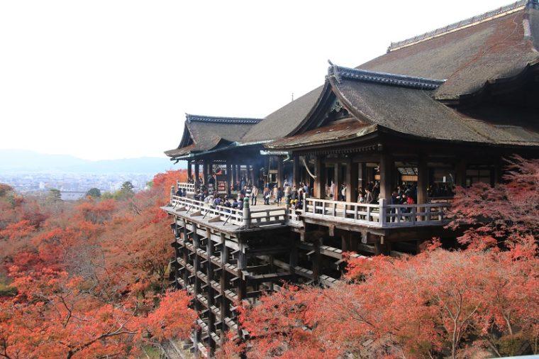 関西・京都のおすすめ紅葉スポット「清水寺」