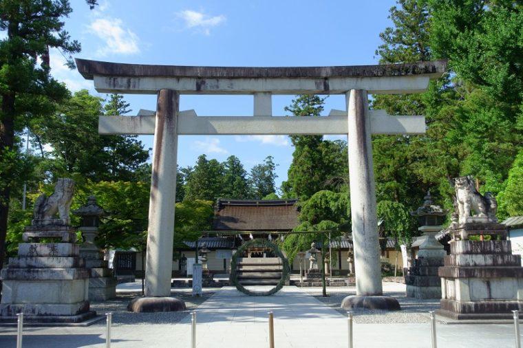 関西の初詣におすすめの神社|多賀大社