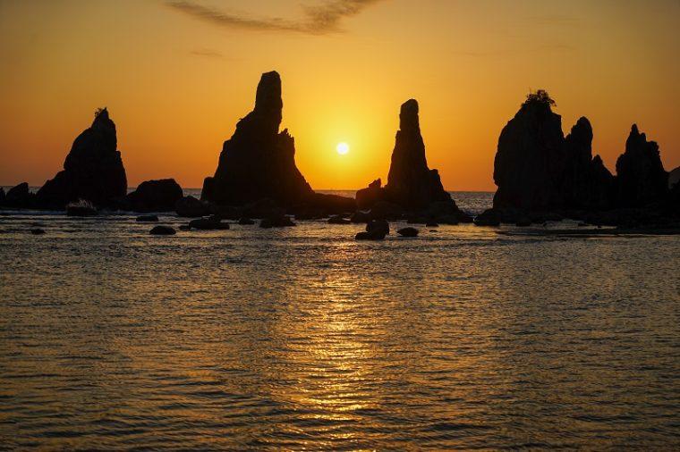 橋杭岩|日の出