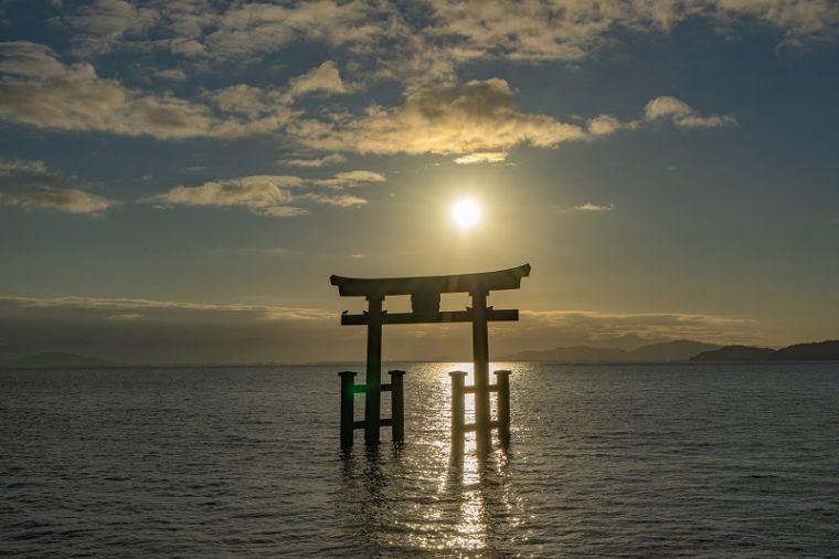 白髭神社の大鳥居|初日の出