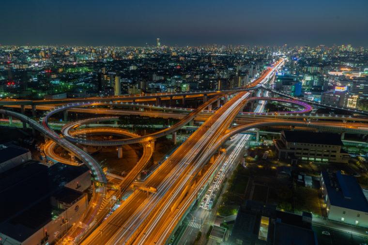 【大阪のおすすめ絶景】東大阪市役所22階展望ロビーからの夜景