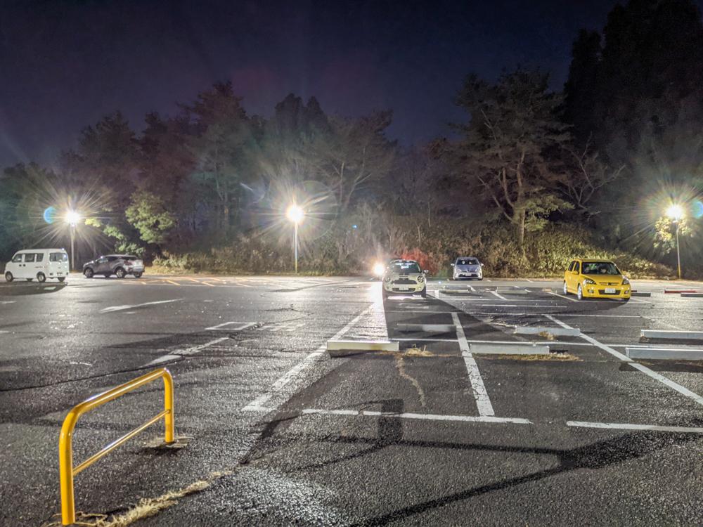 摩耶山掬星台の駐車場